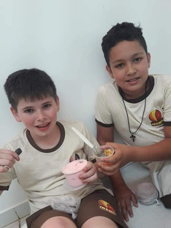 O Dia das Crianças 12 de outubro no Brasil.