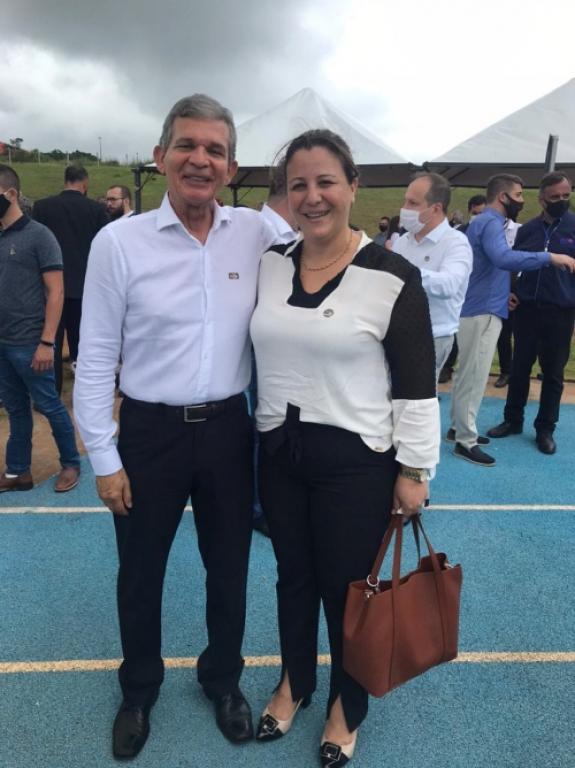 Prefeita Viviane Comiran participa da visita do Presidente em Cascavel