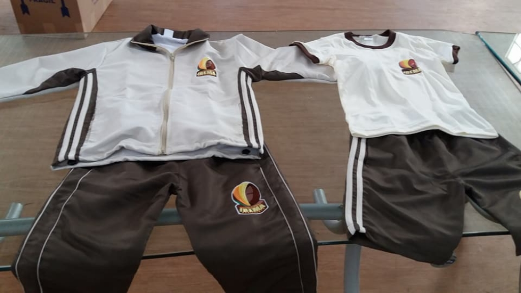 Ibema faz entrega de uniformes para ano letivo de 2018