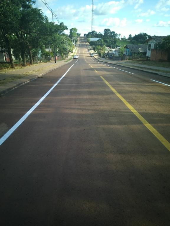 Asfalto muda a face do bairro Nápoli em Ibema