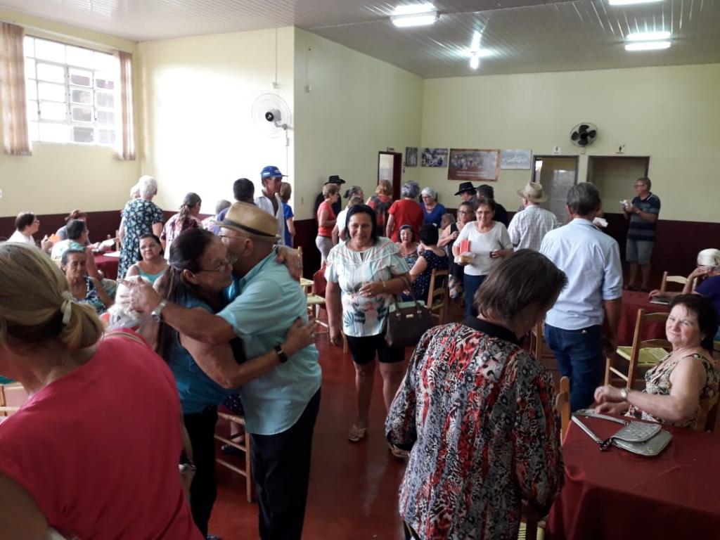 Atividades ajudam a integrar e a valorizar pessoas com mais de 60 anos
