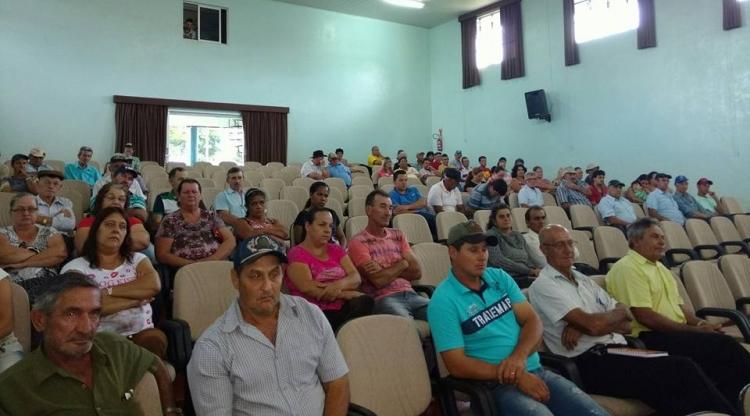 Reunião com produtores rurais de Ibema